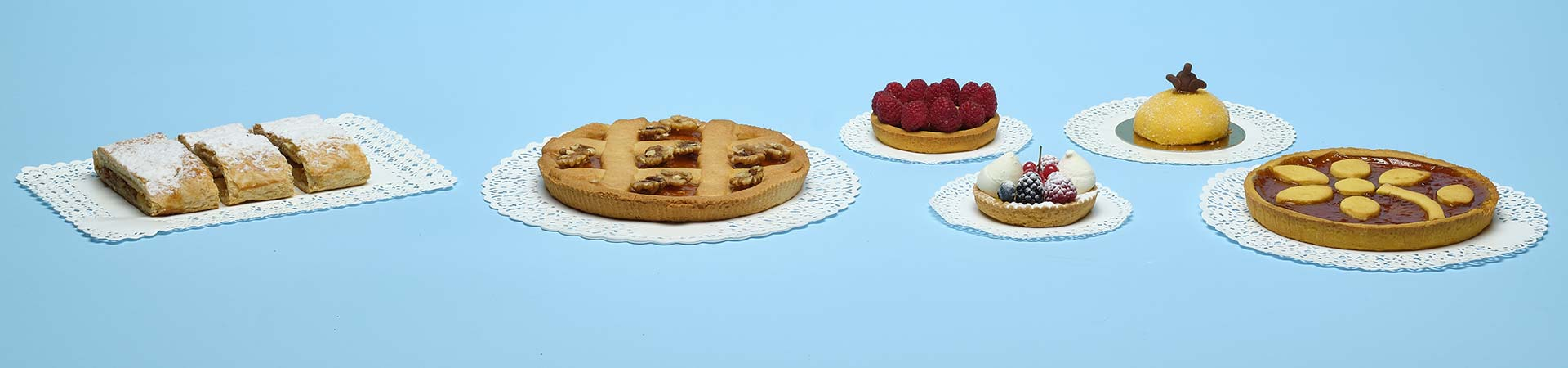 Novacart paper doilies for cakes