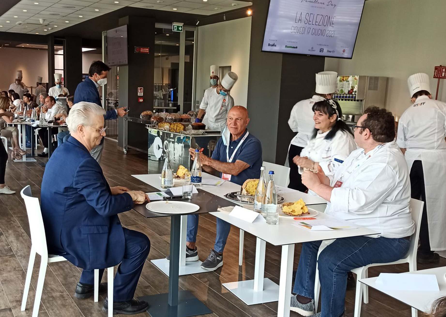 Panettone Day jury led by Iginio Massari