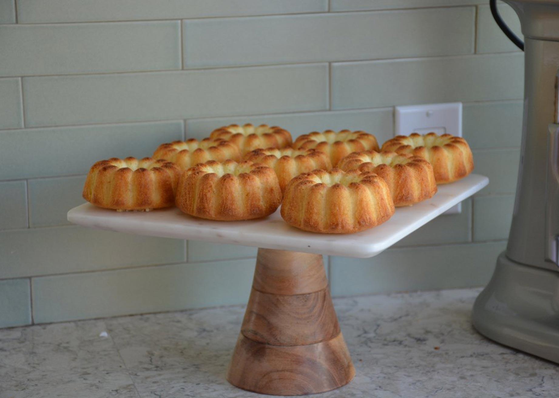 Novacart Bund Cakes