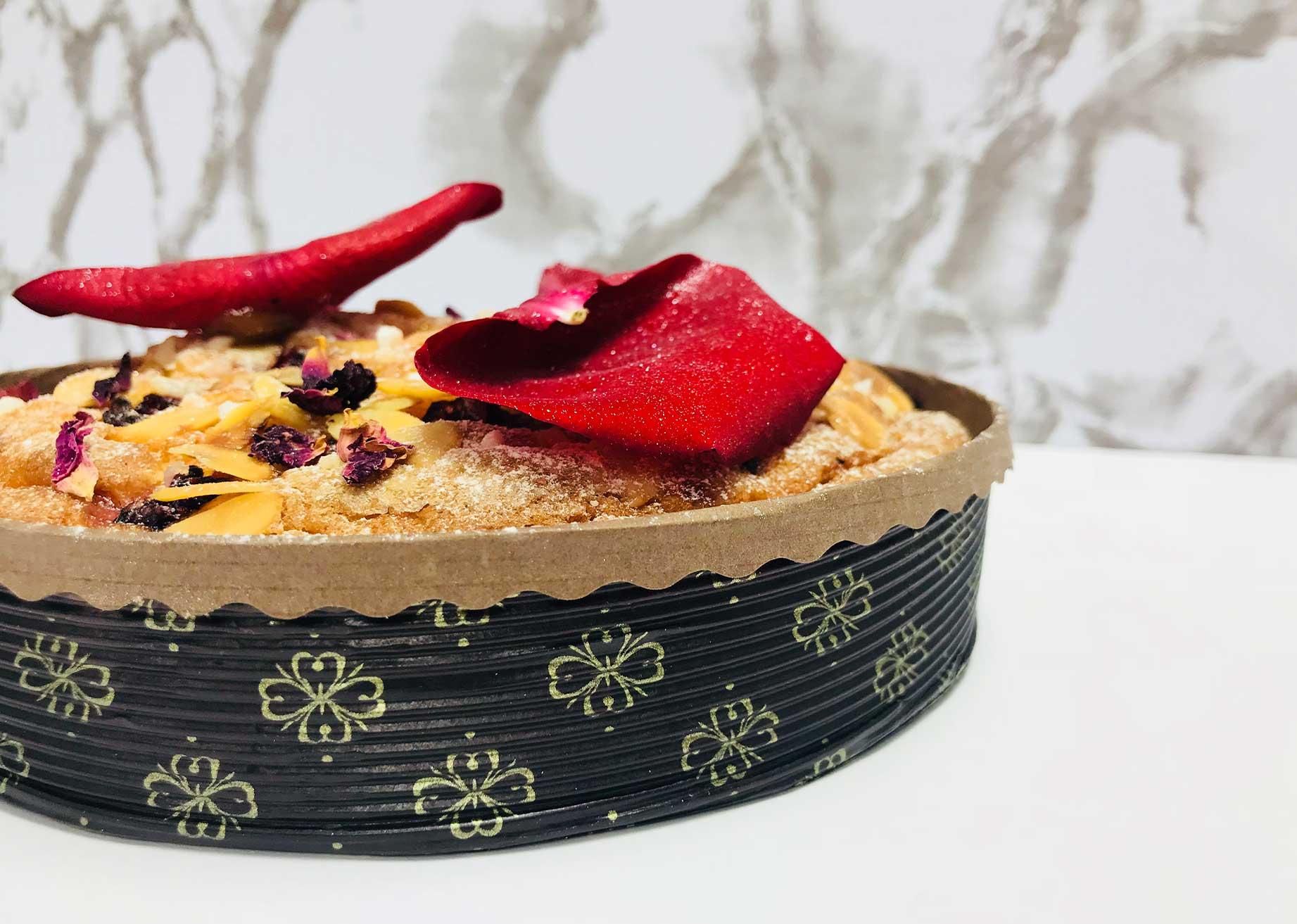MBB Novacart mold and women's day almond tart