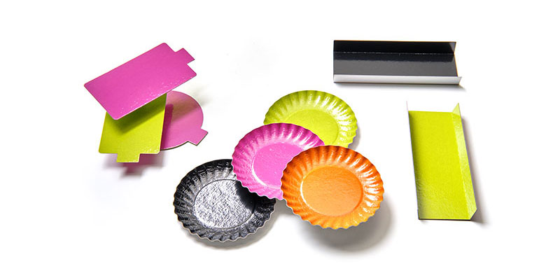 Nordia cardboard dishes and supports